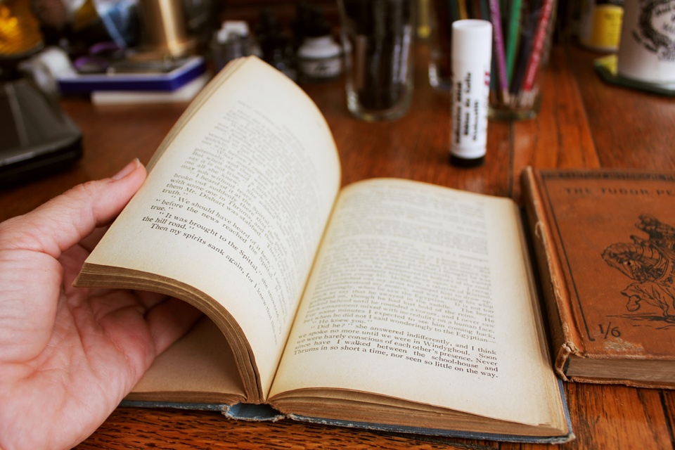 How to make a found poetry journal from an old book for How to make an old book